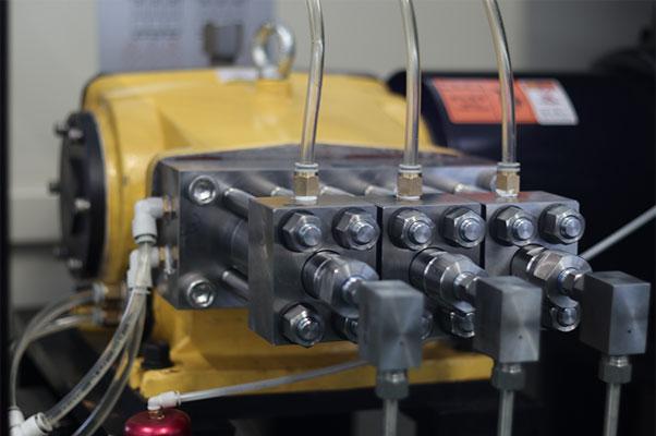 Direct Drive Pump of Water Jet Cutting Machine