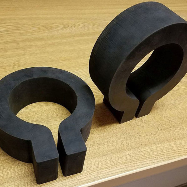 Samples of waterjet cutting rubber (4)