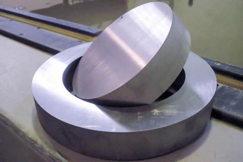 Samples of waterjet cutting titanium (1)